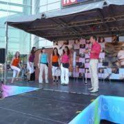 Avon-2010_Road-Show-Nespoutane-leto_02-180x180 Avon