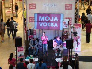 Avon-2012_Moje-volba-velke-akce_20-300x225 Avon-2012_Moje-volba-velke-akce_20