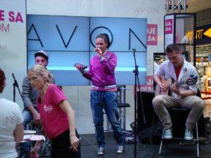 Avon-2012_Moje-volba-velke-akce_30-300x225 Avon-2012_Moje-volba-velke-akce_30