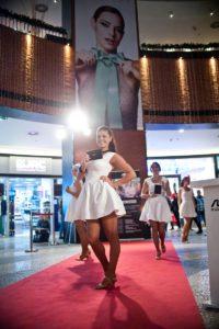 Asus-2015_Road-show-Chodov_11-200x300 Asus-2015_Road show Chodov_11