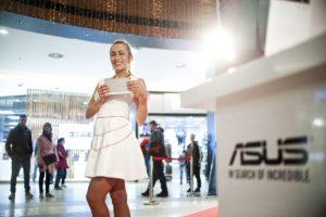 Asus-2015_Road-show-Chodov_14-300x200 Asus-2015_Road show Chodov_14