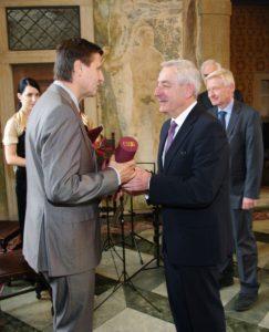 2012_Ceny-ministra-zdravotnictvi-CR_14-243x300 2012_Ceny-ministra-zdravotnictvi-CR_14
